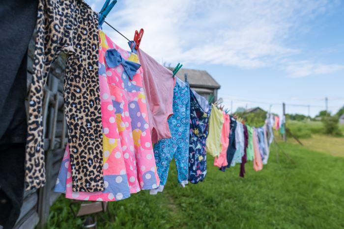 Come lavare i panni in campeggio? Una guida alla miglior lavatrice da campeggio portatile.
